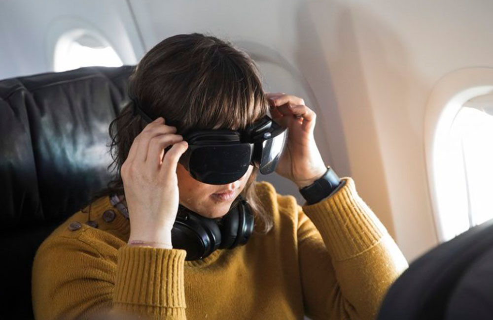 Virtual reality entertainment on flights could cause motion sickness
